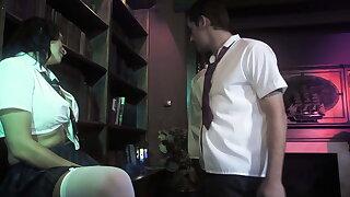 Krasser Vierer alongside der Bibliothek meines Opas