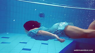 Sexy mean teen Marusia swims naked underwater