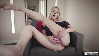 leggy babe Gerda hot babe solo video