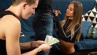 HUNT4K. Thief has to watch his raunchy girl have fun